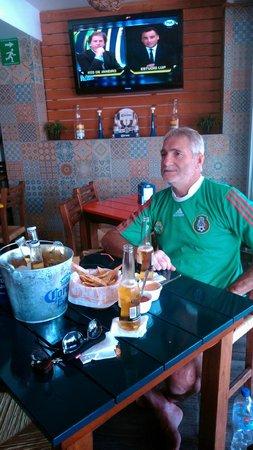 Tacamaron: Alentando a la selección Mexicana!