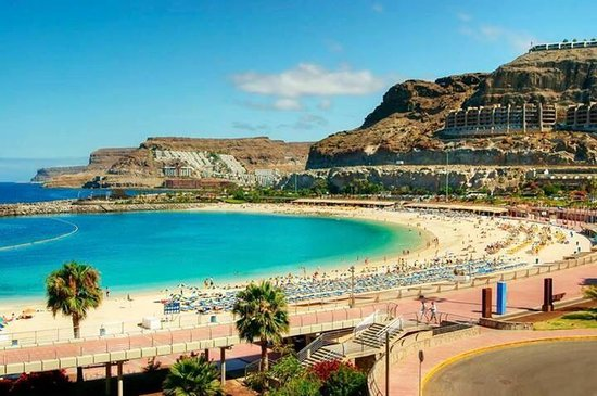 Gloria Palace Royal Hotel & Spa : Amadores beach