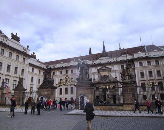 Château de Prague : Castello di Praga (Prazsky hrad)
