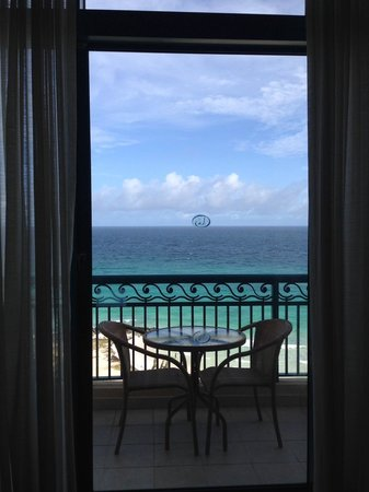 Hilton Barbados Resort: View from the Room (Top Floor)