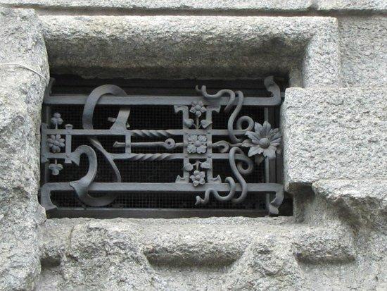 ferro battuto - Foto di Palazzo Castiglioni, Milano - TripAdvisor