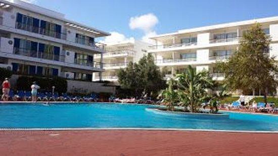 Marina Club Lagos Resort: Pool area
