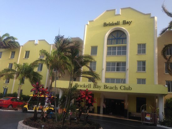 Brickell Bay Beach Club & Spa : frente do hotel Brickel Bay