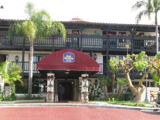 Best Western Plus Carpinteria Inn : Fachada do hotel