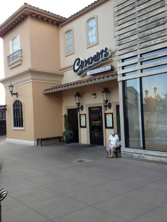 Connors Steak & Seafood: Outside Connors at Bridge St