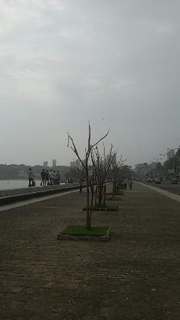 Photo of Marine Drive taken with TripAdvisor City Guides