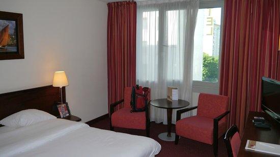 Golden Tulip Warsaw Centre : bedroom