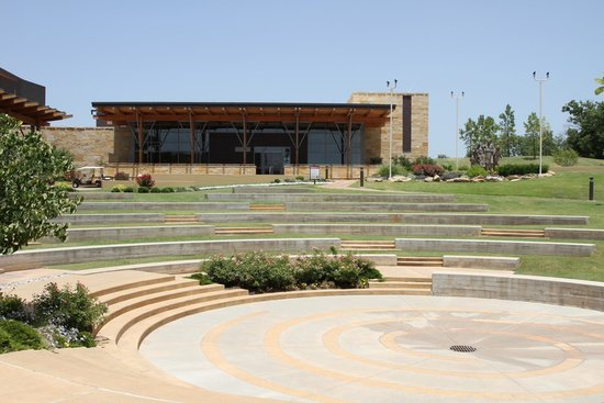 Chickasaw Cultural Center: Amphitheatre and exhibition building