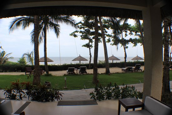 Blue Ocean Resort : Sea view from the bungalow