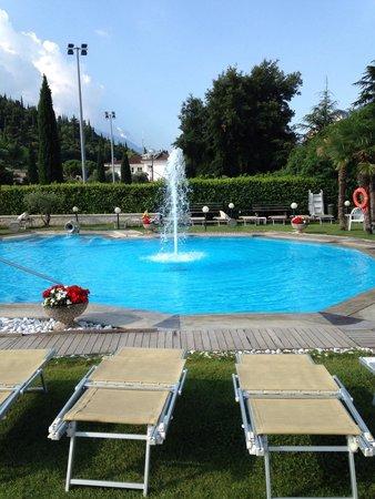 Hotel Savoy Palace - TonelliHotels: Piscina