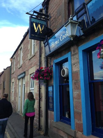 The Waterfront : Waterfront Pub signage