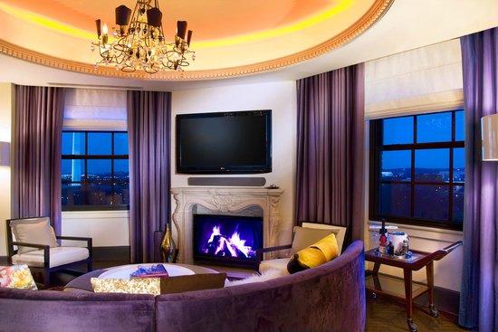 W Washington DC : EWOW Living Room