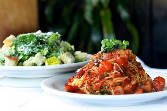 Amerigo Italian Restaurant: Pasta & Salad Lunch Combination