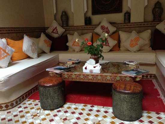 Riad Gallery 49 : lounge area