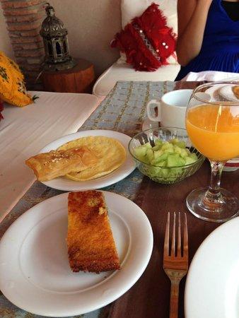 Riad Gallery 49 : Breakfast