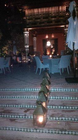 La Mamounia Marrakech: terrasse arrière soir