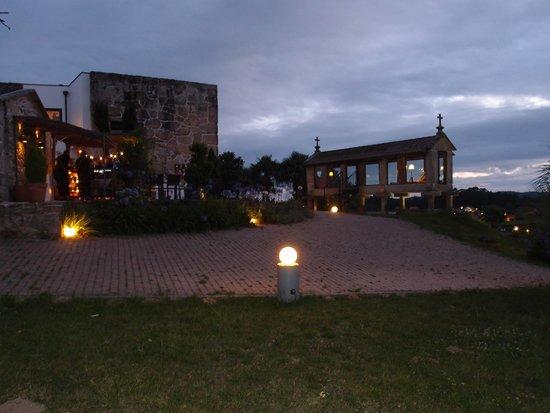 Hotel Quinta de San Amaro: Vista noche