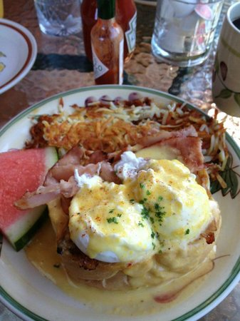 Wildflower Grill: Eggs Benedict