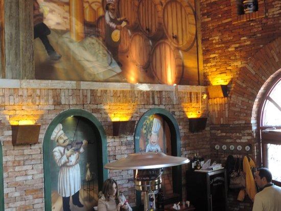 Lá em Casa Restaurante: Ambiente interno