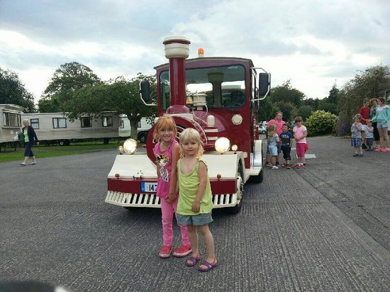 Fleming's White Bridge - Caravan & Camping Park : All kids got a surprise the new killarney train took them.for.a.spin around the camping site