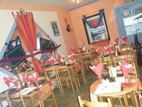salle restaurant st valentin Picture of le feu de bois, Lens TripAdvisor # Restaurant Feu De Bois