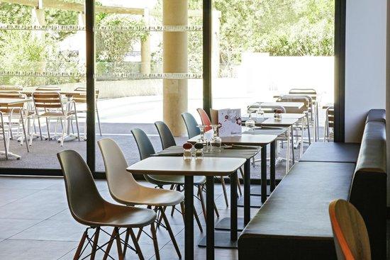 ibis hyeres centre : Salon Petit déjeuner