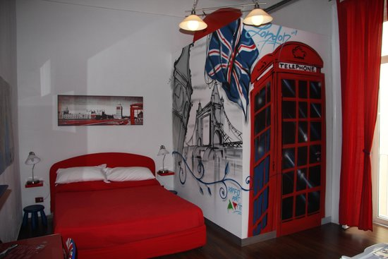 ToledoStation Bed & breakfast: London Room