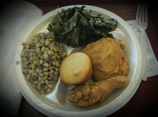 Pannie-George's Kitchen: Fried Chicken,  Black Eyed Peas & Greens