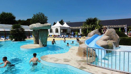 La piscine photo de camping le rosnual carnac tripadvisor for Camping de la piscine brittany