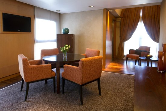 NH Collection Buenos Aires Jousten: Suite Presidencial (Living)