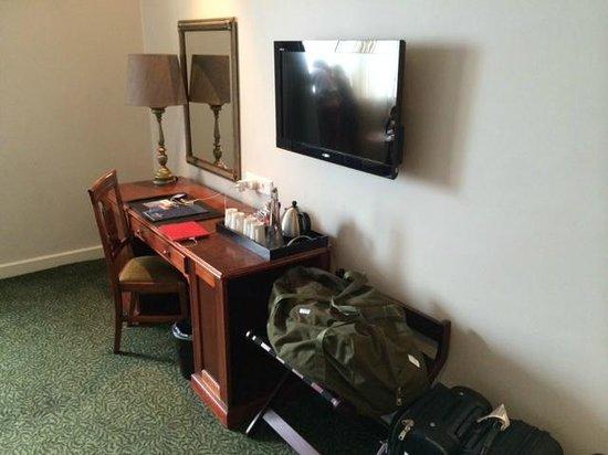 Protea Hotel by Marriott Durban Edward: Workspace