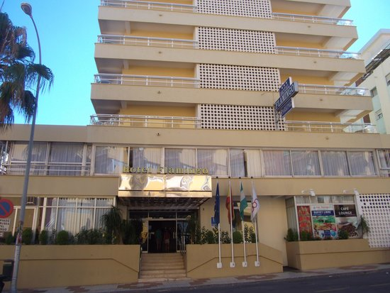 Roc Hotel Flamingo : The Hotel from outside