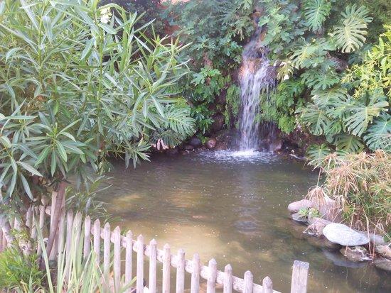 Muthu Grangefield Oasis Club: a