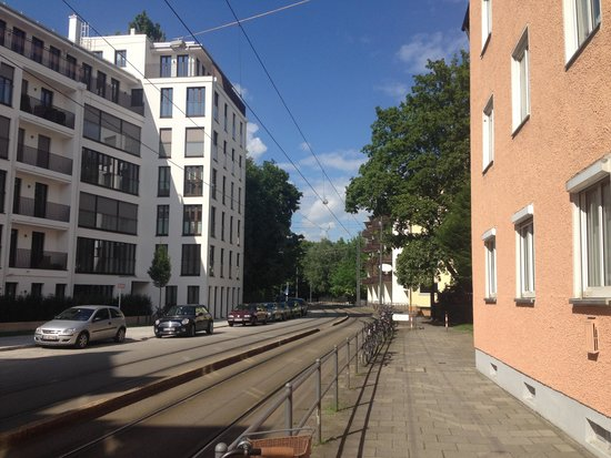 Hilton Park München: Hotellets omgivning 2