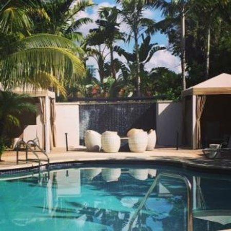 Hotel Urbano: Pool view