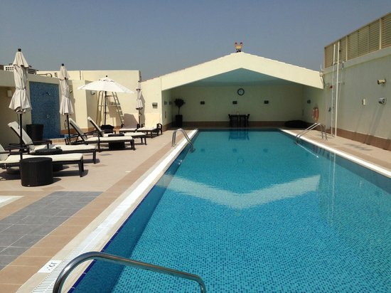 Mövenpick Hotel Deira: Pool
