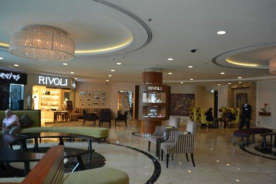 AVANI Deira Dubai Hotel : Lobby