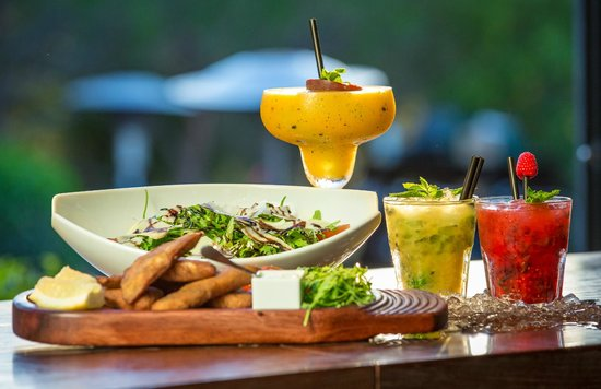 Parrilla Natural : Refreshing Food and Cocktails