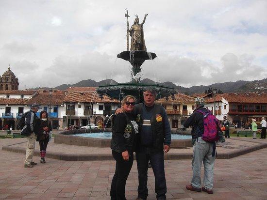 Plaza de Armas (Huacaypata): Chafariz inka em Plaza das Armas Cusco