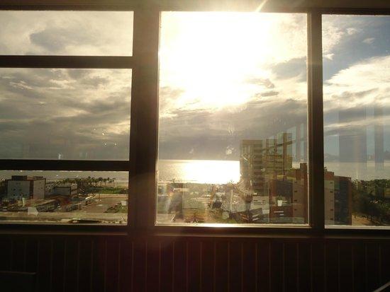 Boreas Apart Hotel : Vista do restaurante do hotel !!!
