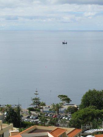 Raga Madeira Muthu Hotel : Sea View