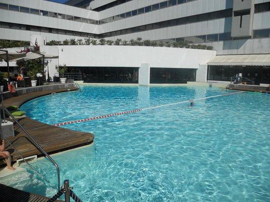 Sheraton Roma Hotel & Conference Center: Pool