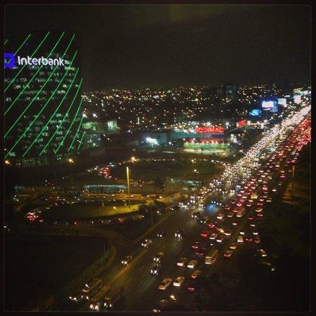 The Westin Lima Hotel & Convention Center: Vista de noche desde la habitación