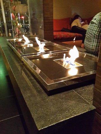 The Westin Lima Hotel & Convention Center: lobby por la noche