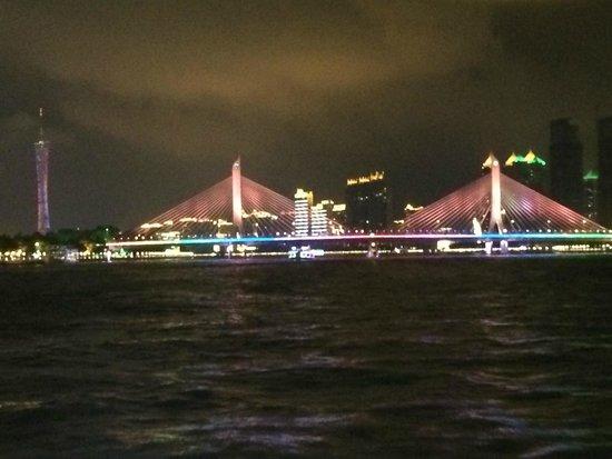 Pearl River (Zhujiang) : Puentes iluminados