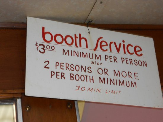 Mickey's Diner : Booth requirements