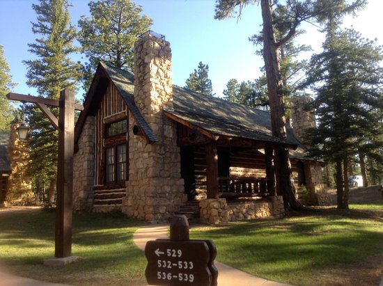 The Lodge At Bryce Canyon: The Cabins Of Bryce Canyon Lodge