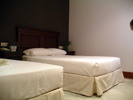 Hotel Baco: Triple Room
