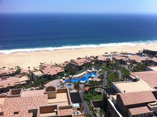 Pueblo Bonito Sunset Beach Golf & Spa Resort: View from the Sky Pool