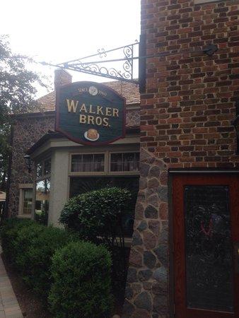 Walker Brothers: Outside